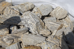 Nik Mil Legnica - kamień granitowy